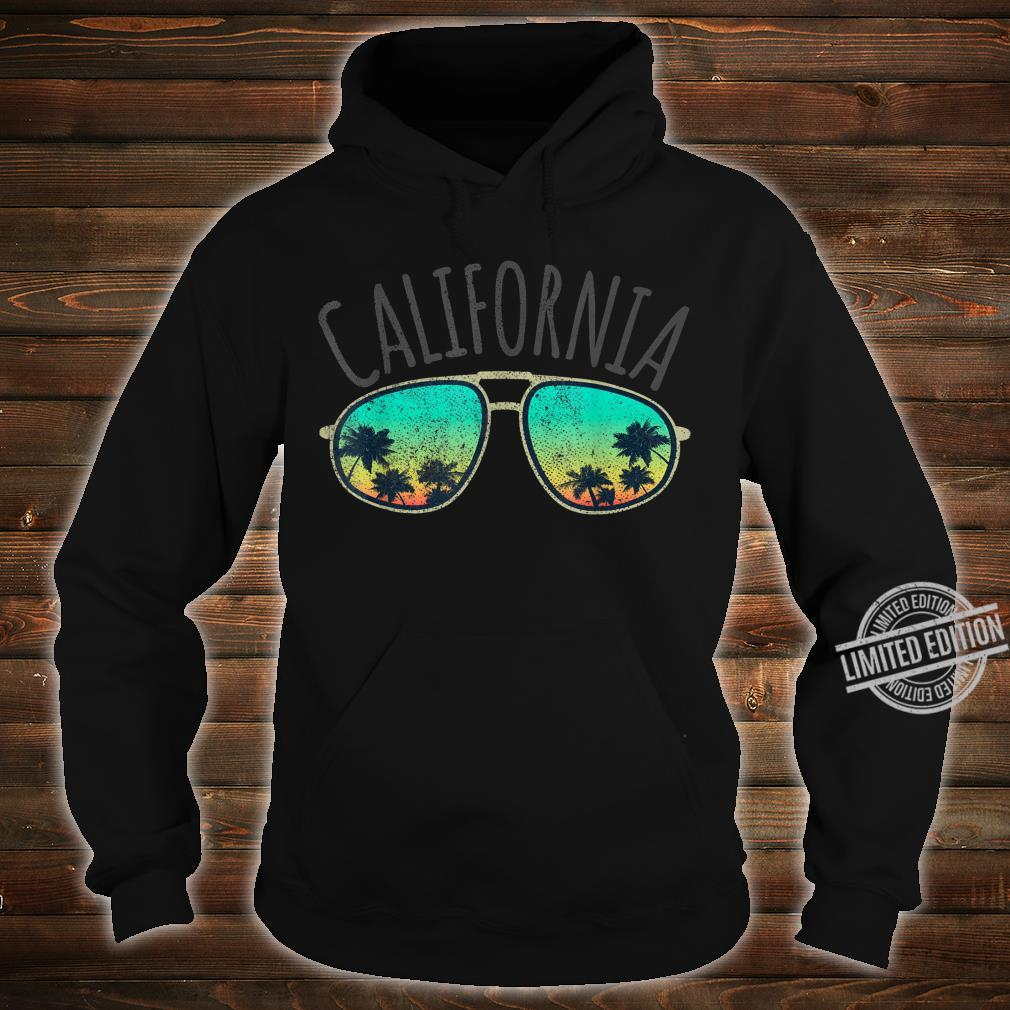 California Retro Surf Vintage Surfer Surfing Distressed Shirt hoodie