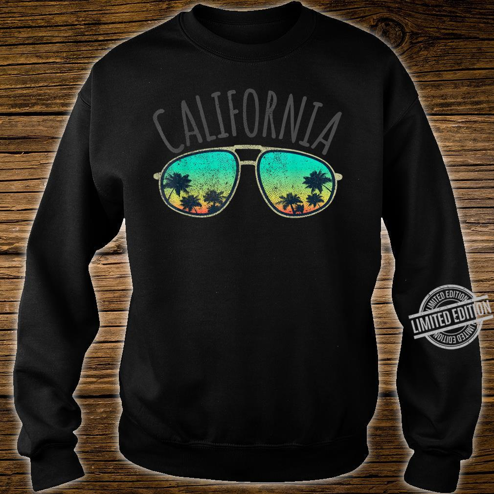 California Retro Surf Vintage Surfer Surfing Distressed Shirt sweater
