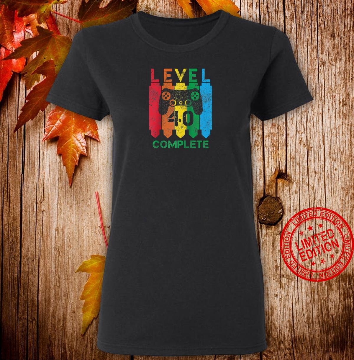 Level 40 Complete Vintage Gamer 40th Birthday Shirt ladies tee