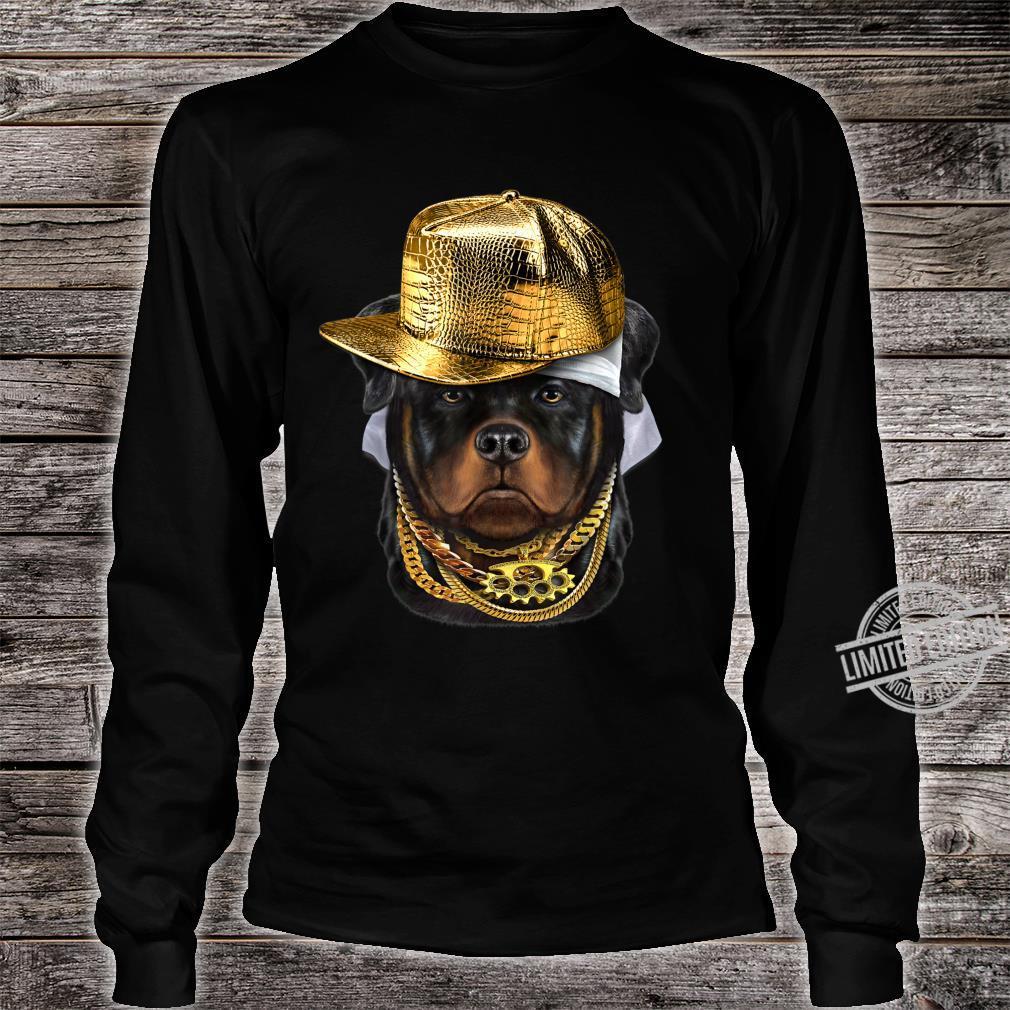 Rottweiler Hund im Kappe als Hip Hop Rapper Shirt long sleeved